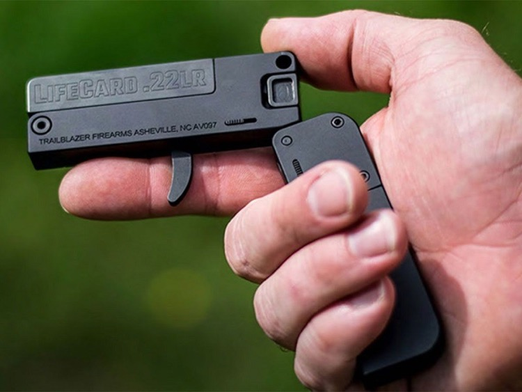 Lifecard gun